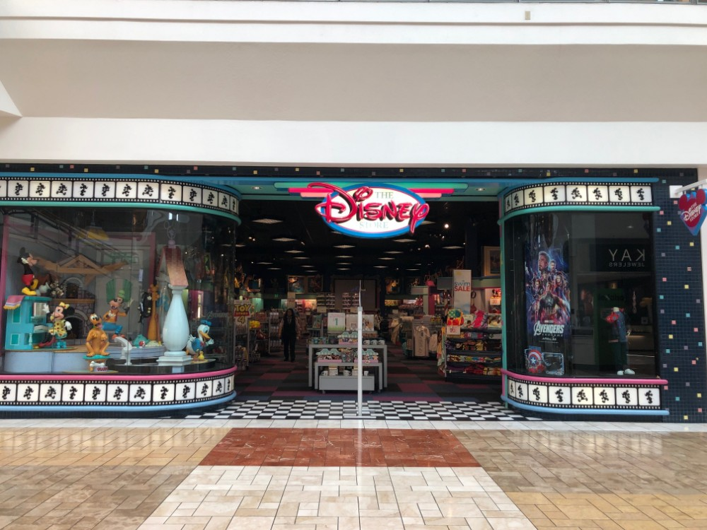 Disney Store in Fairfield review Storefront
