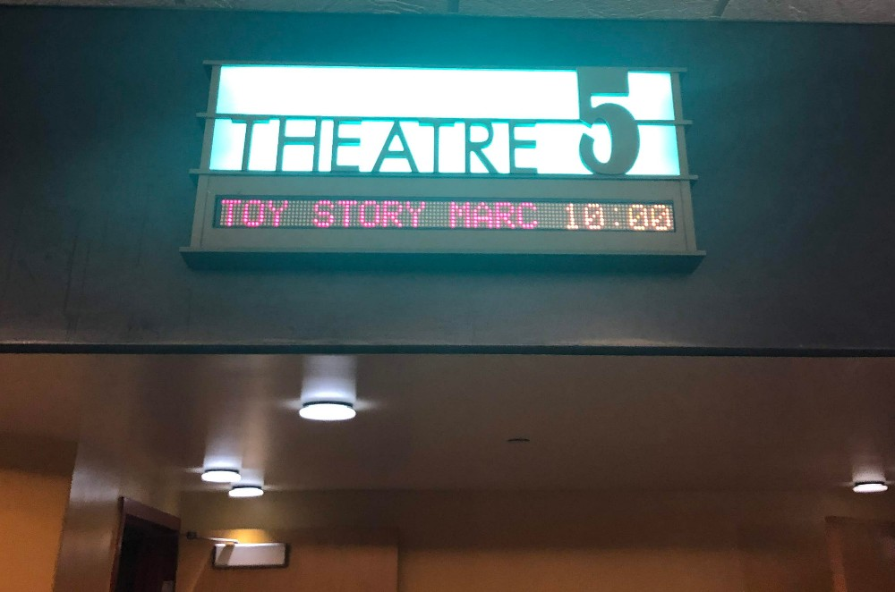 toy story 4 theater