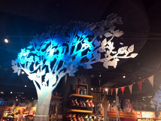 disney store tree in anaheim